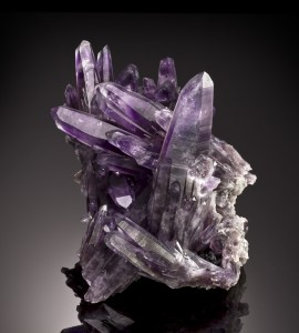 South America produces amazing fine minerals, and amethysts are a specialty. This 21cm tall amethyst from Guererro, Mexico is an exceptional example of natural art and fine minerals.