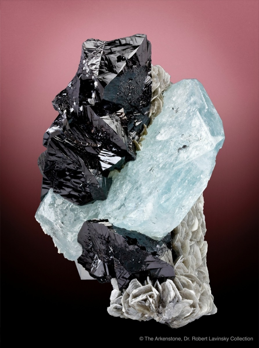20-cassiterite-aquamarine-muscovite-china_4135