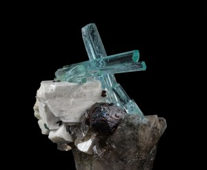 An incredible example of an aquamarine from Pakistan in association with Smoky Quartz, Spessartine Garnet, and Feldspar. Beth Van Allen Photo.