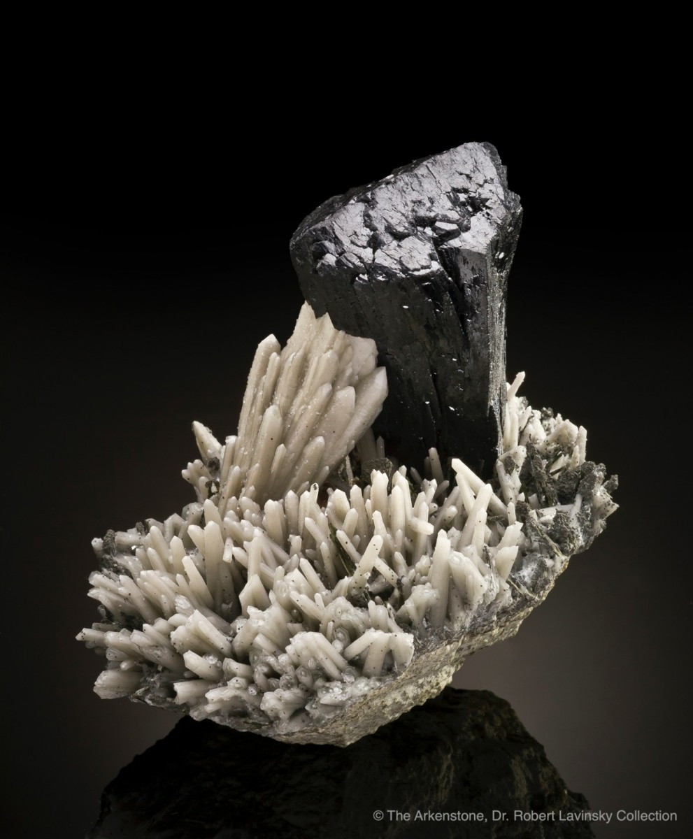 ilvaite-quartz-huanggangmine-innermongolia-china-125mm-jb894-22