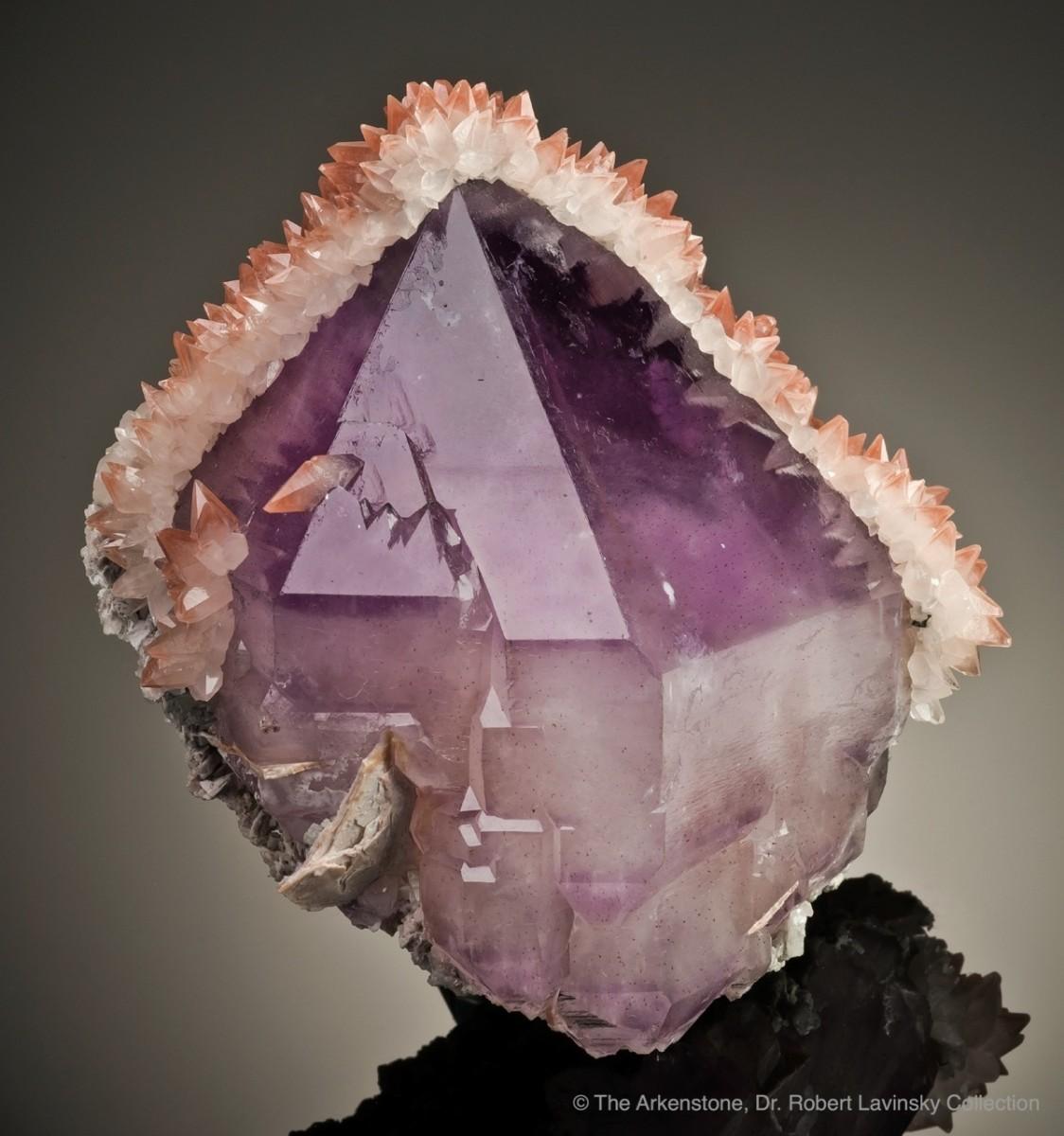 newchina1-amethyst-calcite-fengjiashanmine-china-11cm-jb968-09