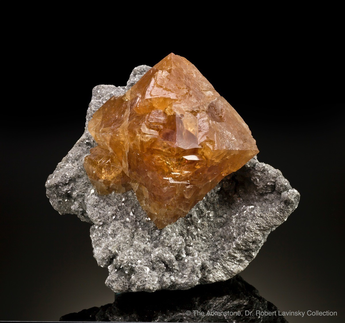 scheelite-mtxuebaoding-china-17cm-jb820-11