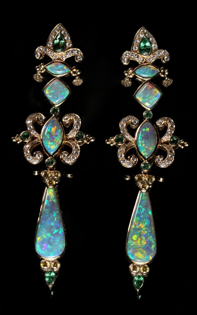 gem-cora-miller-collection-opal-earrings-01-harold-moritz
