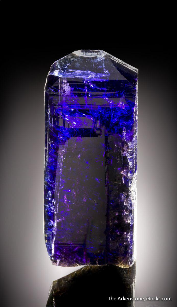 image12-lavinsky-tanzanite-crystal-tanzania-joe-budd