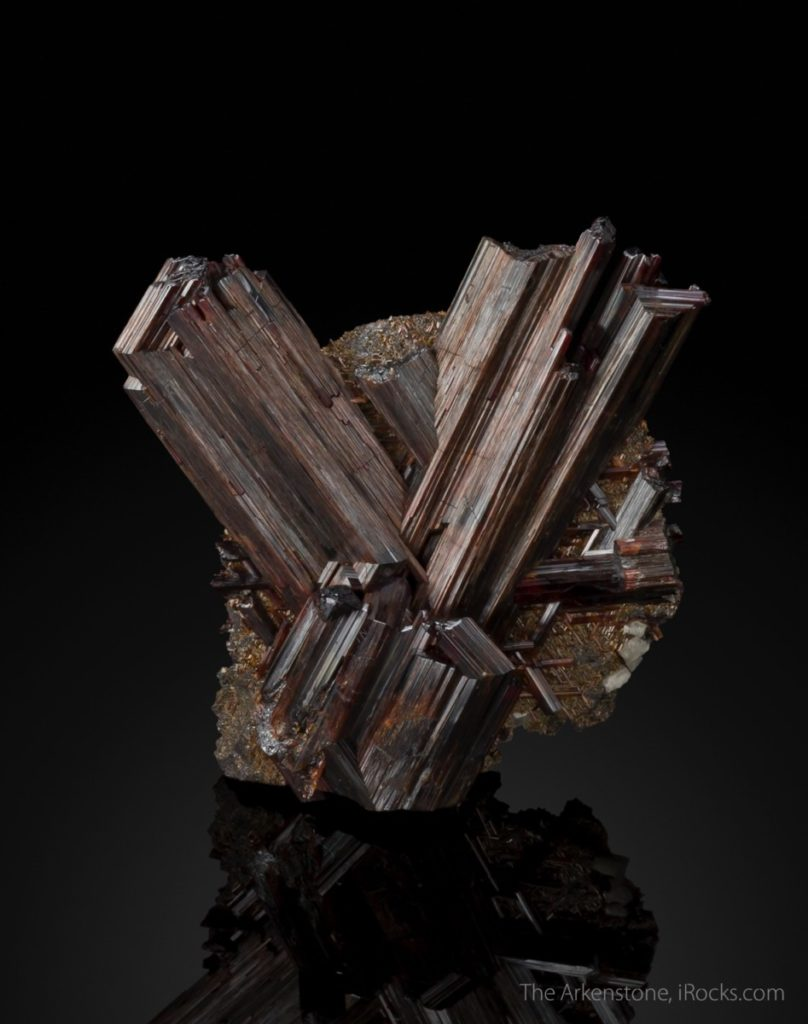 MIntergrown, reticulated, twinned rutile needles from Madagascar.