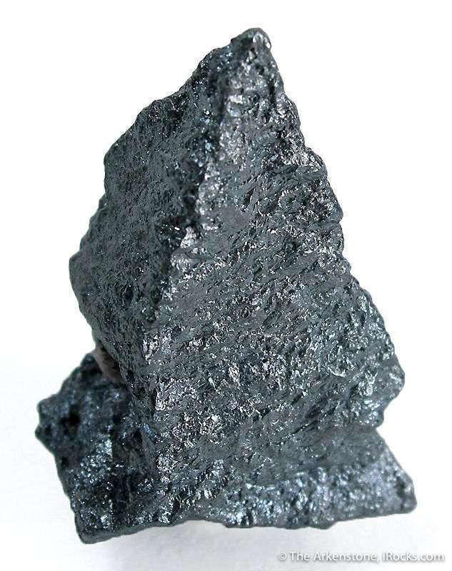 Showing sharp octahedral form original argentite acanthite pseudomorph