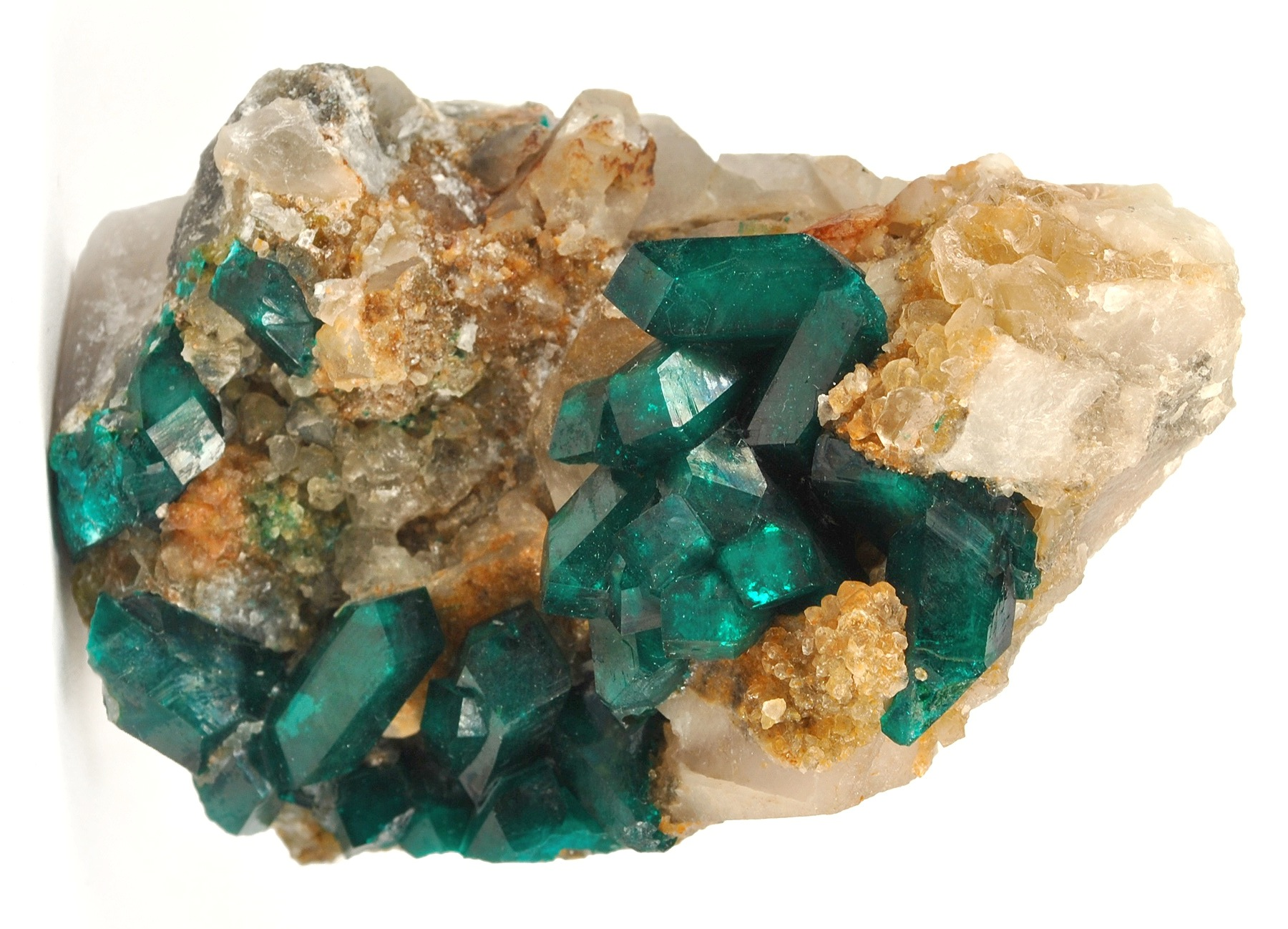 Deep green crystals doubly terminated reach 1 5 cm clustered richly