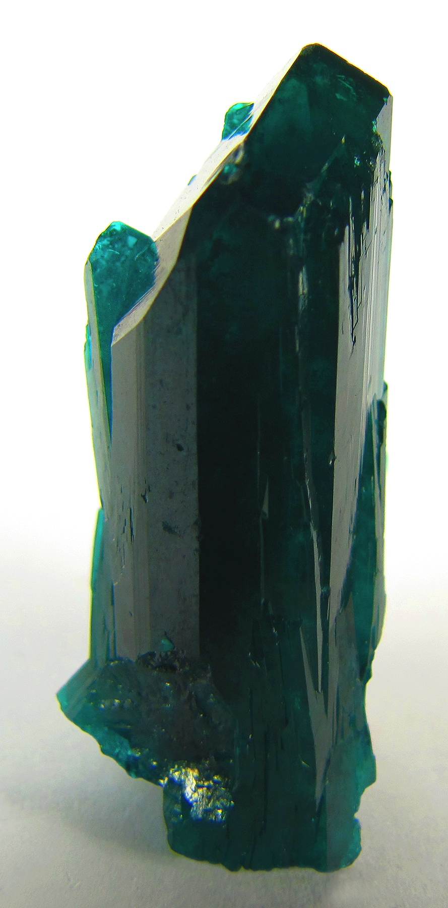 A sharp single crystal large size perfect termination showing steep