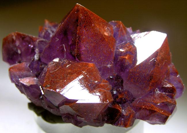 Quartz Var Amethyst Hematite Md 40984 Diamond