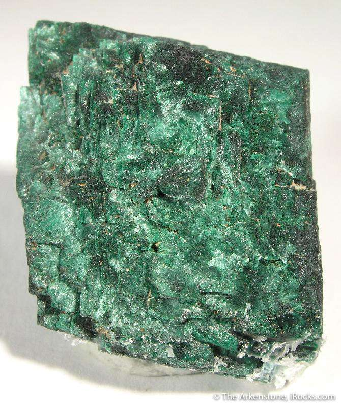 Ultra sharp pseudo beautiful green color silky iridescent luster want