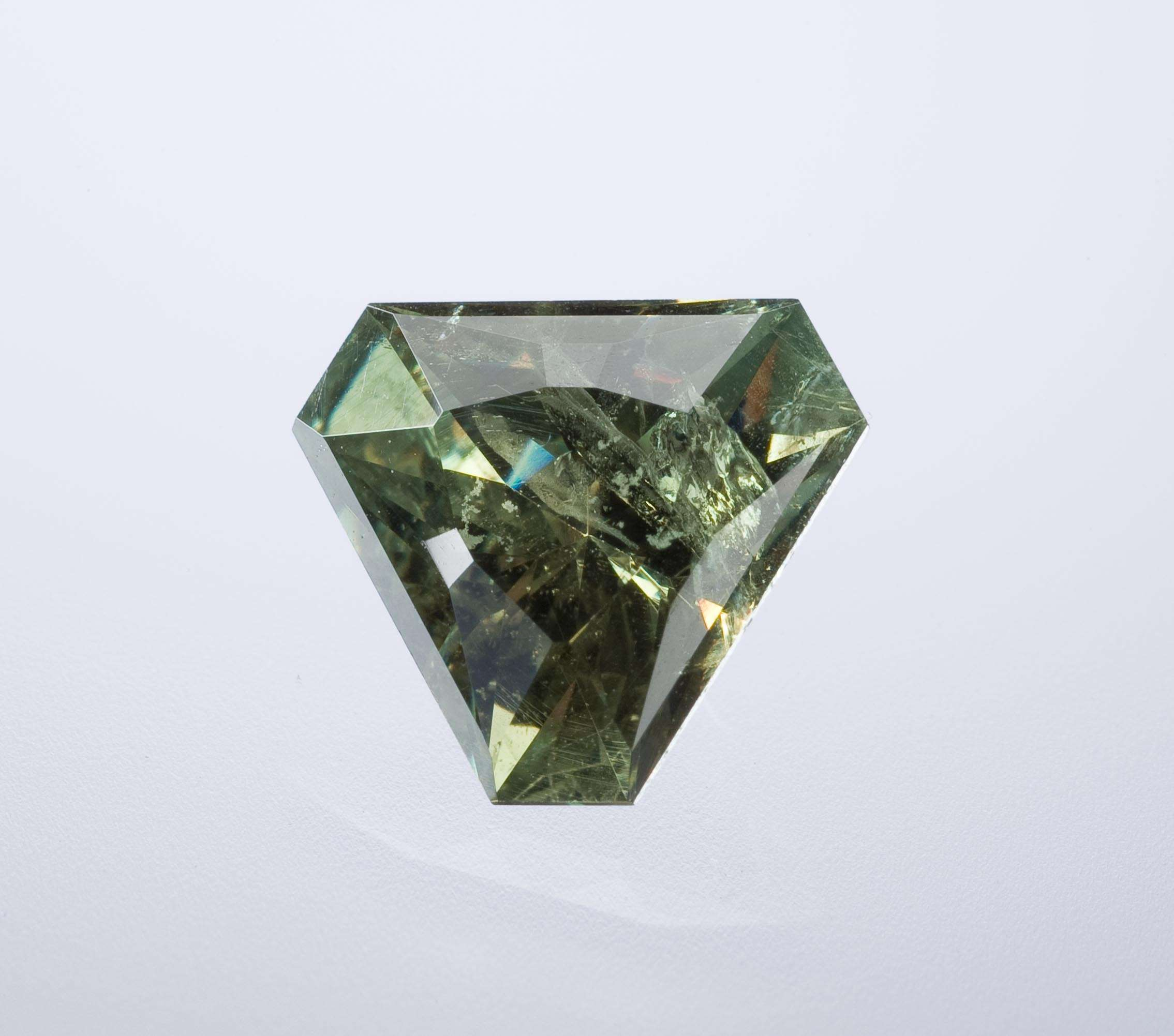 This modified trilliant brilliant important gem It largest type
