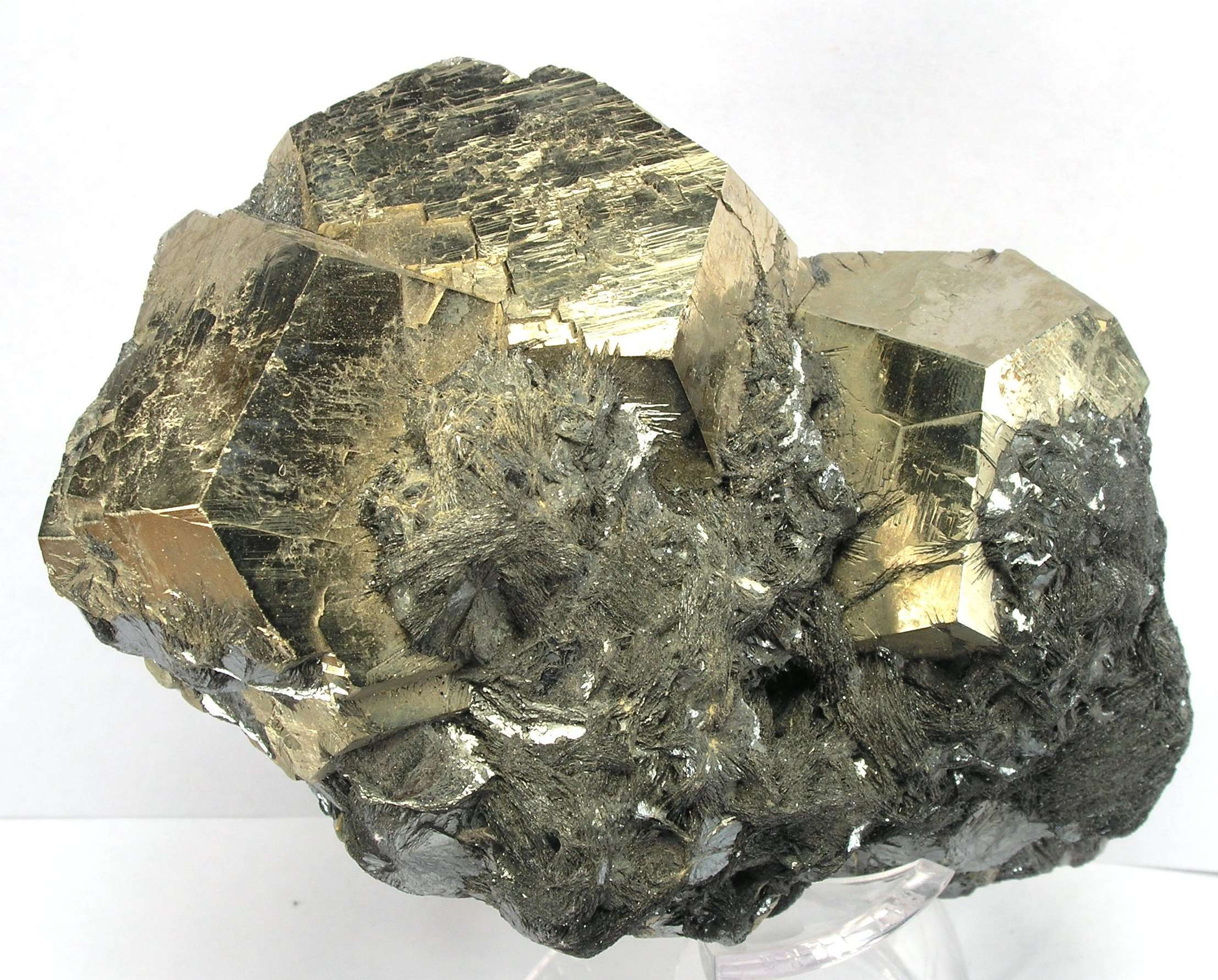 Elba famous fine Tourmalines years produced large impressive Pyrites