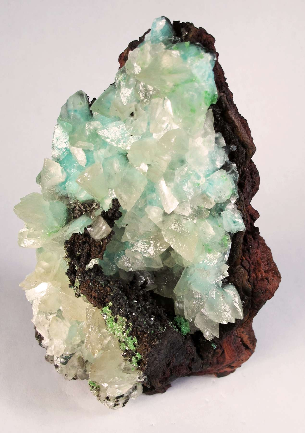 Nestled aesthetically vug ocherous limonite calcite crystals heavily