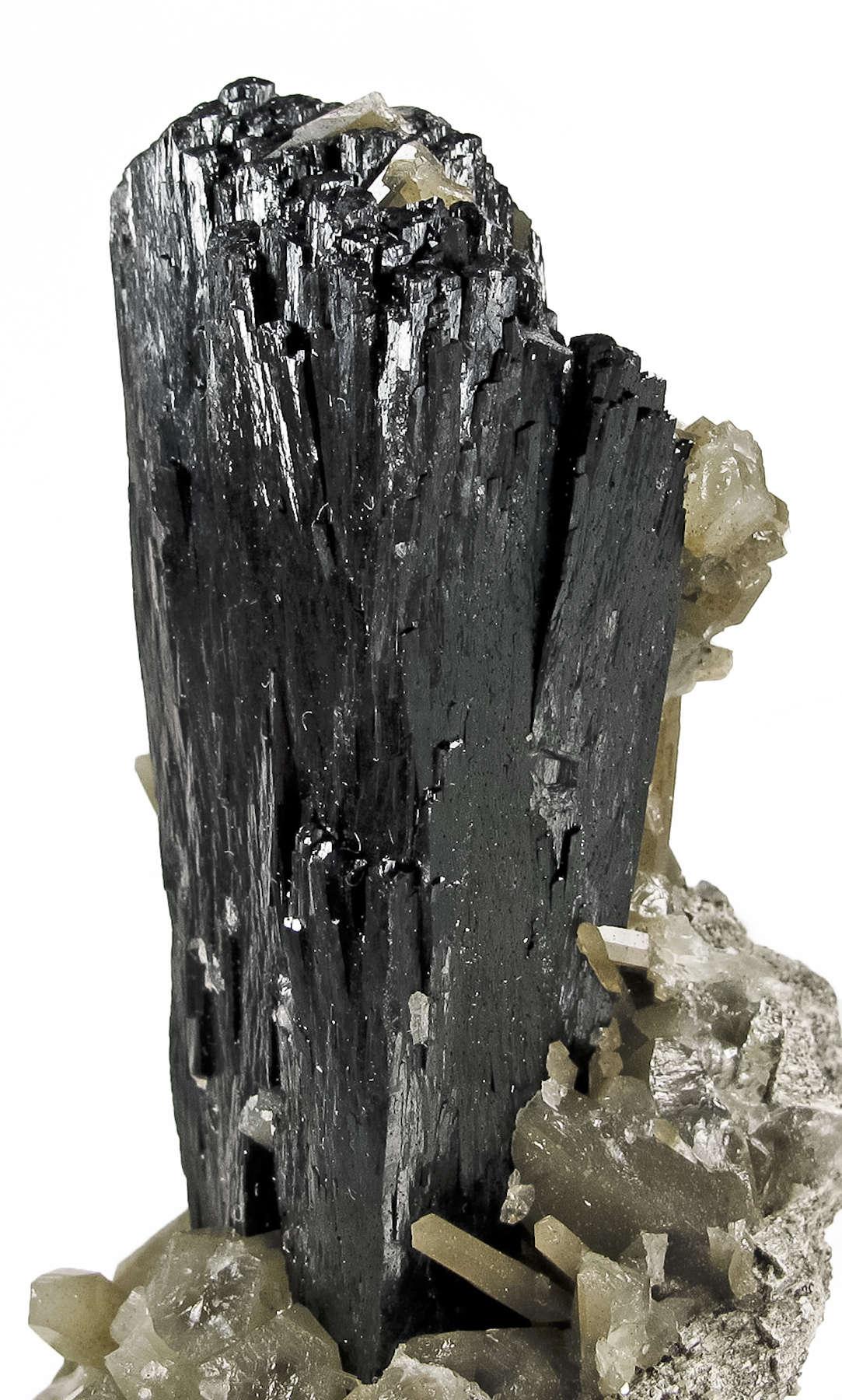 Sharp ilvaite quartz hedenbergite combo irocks fine minerals for Milsuite