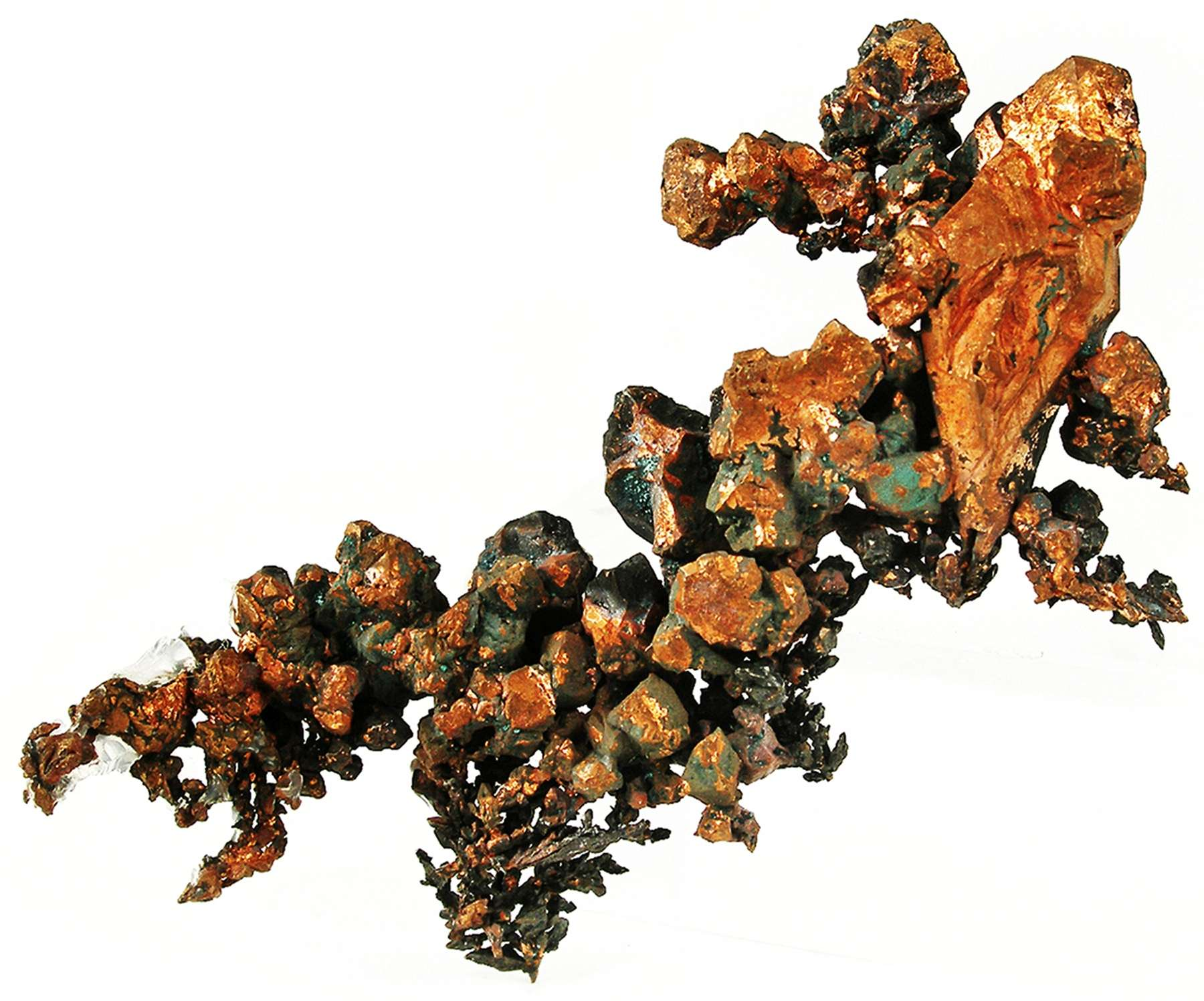 A stack formed copper crystals culminates exquisite doubly terminated