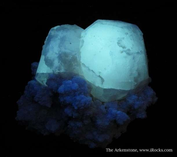SUPERB set large Pollucite crystals Shengus area Pakistan Pollucite