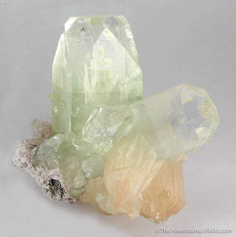 Growing sliver matrix large blocky crystals glassy bi colored