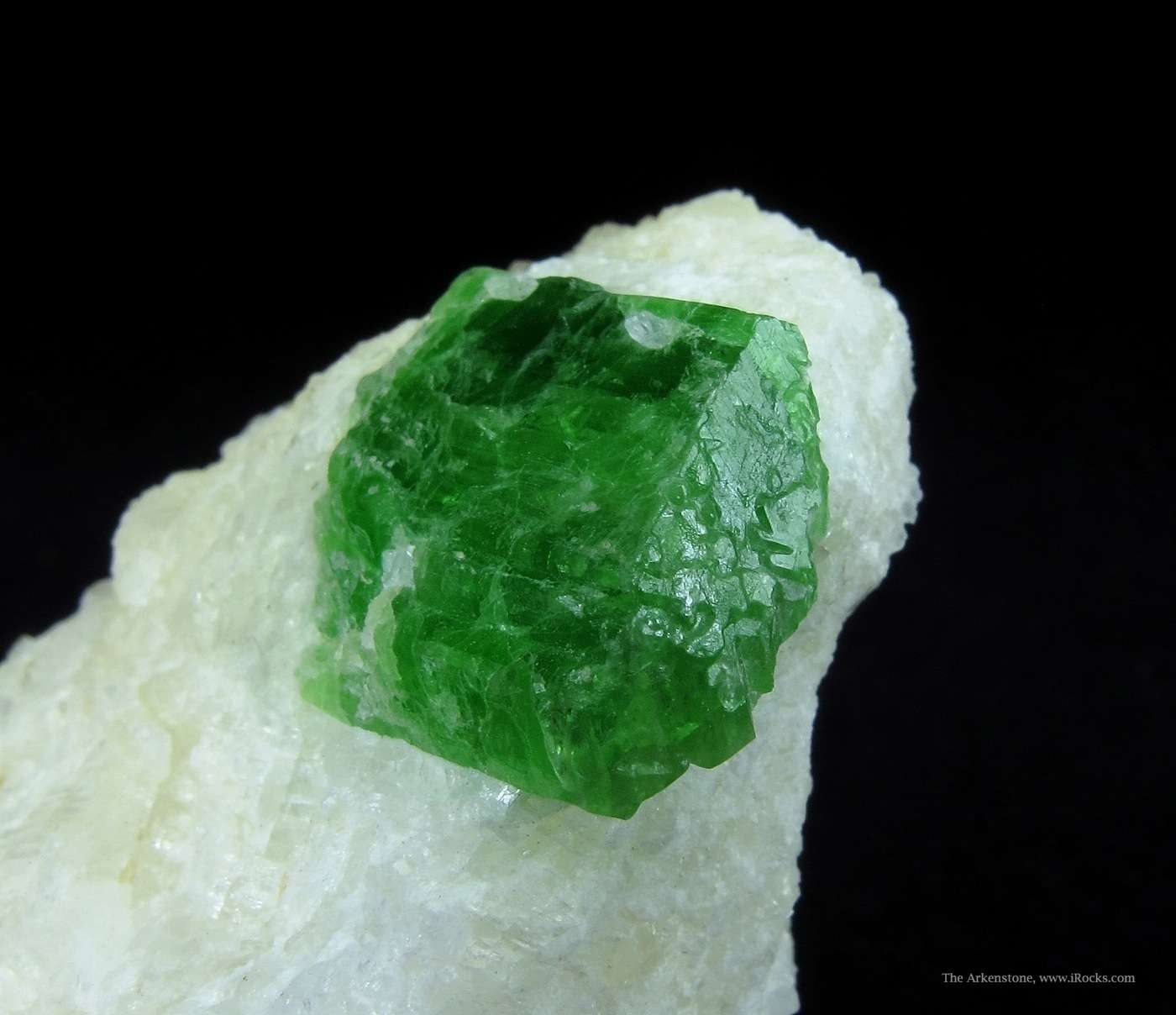 Pargasite uncommon member Amphibole group unusually colorful This