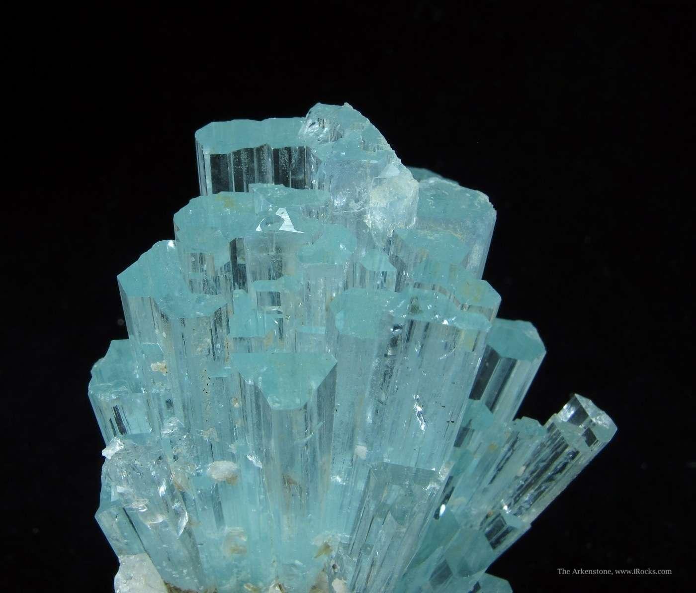 classic beryl var aquamarine spray  pakistan