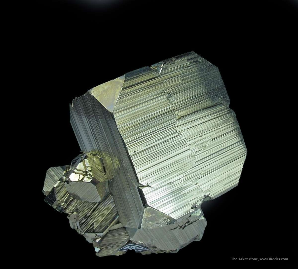 Striking Pyrite Huanzala world s best localities Pyrite Each crystal
