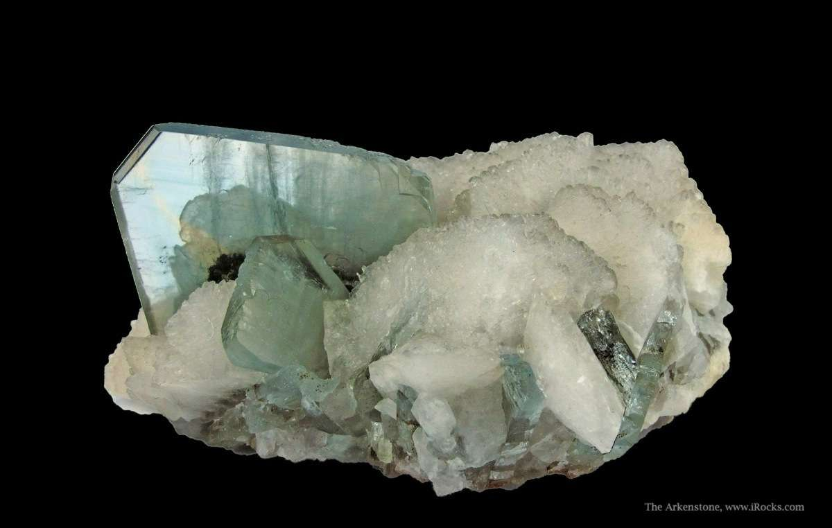 Striking combination blue green Baryte associated fan like blades