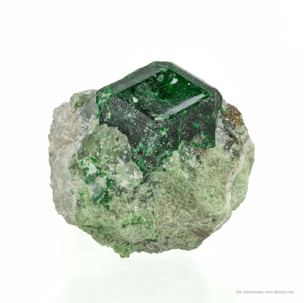 A major example classic locality sharp centered 1 3 cm crystal matrix