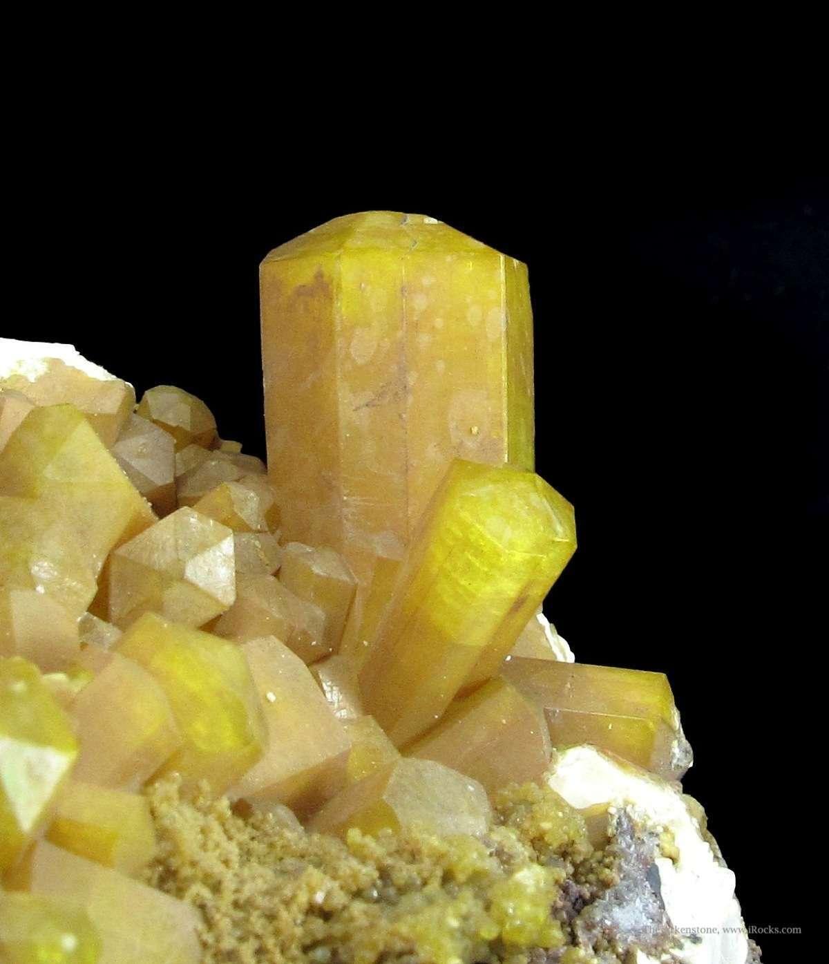 A distinctive Sturmanite specimen consisting dozen sharp hexagonal