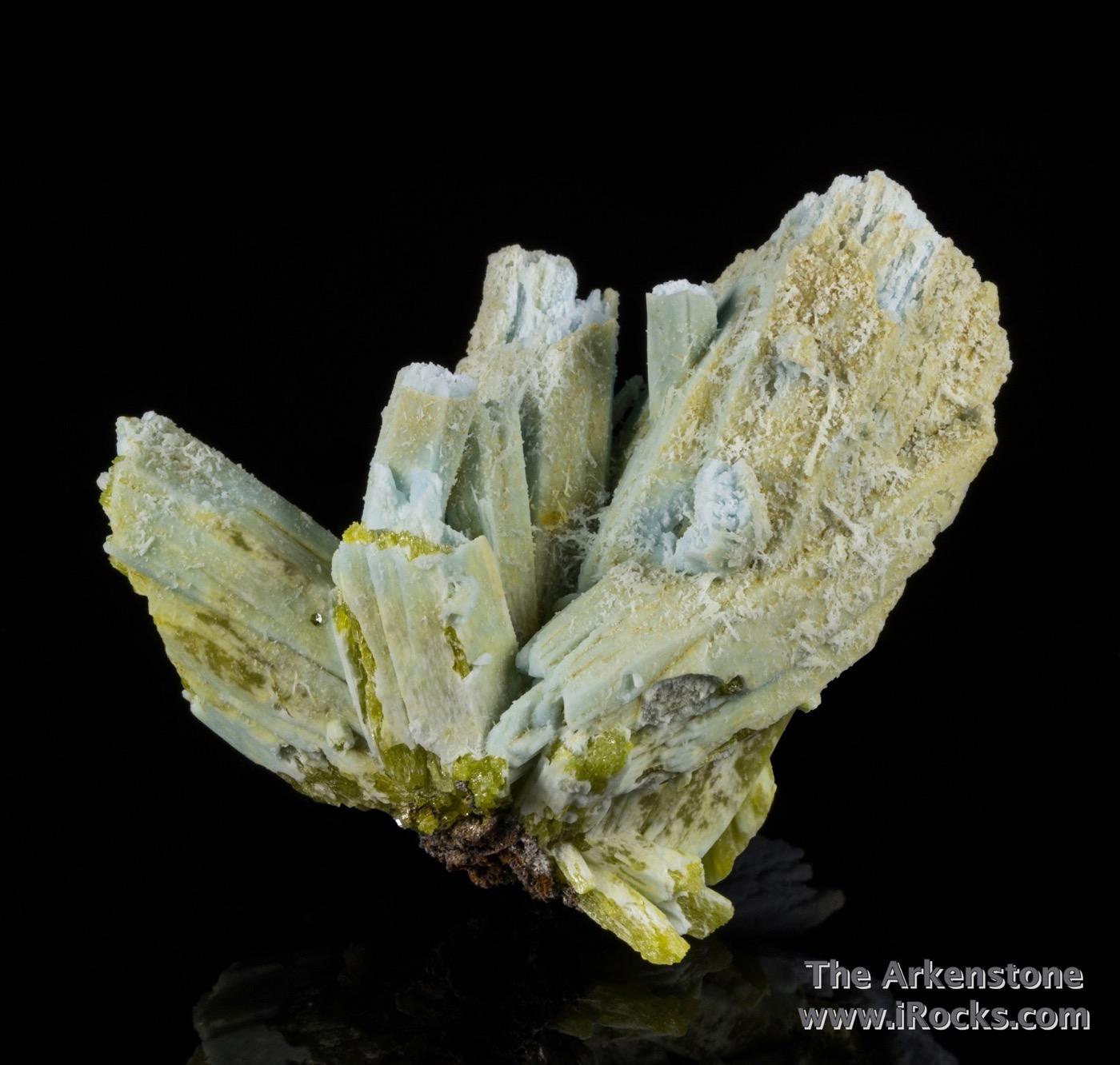 Stout slightly diverging sky blue crystals plumbogummite 5 cm length