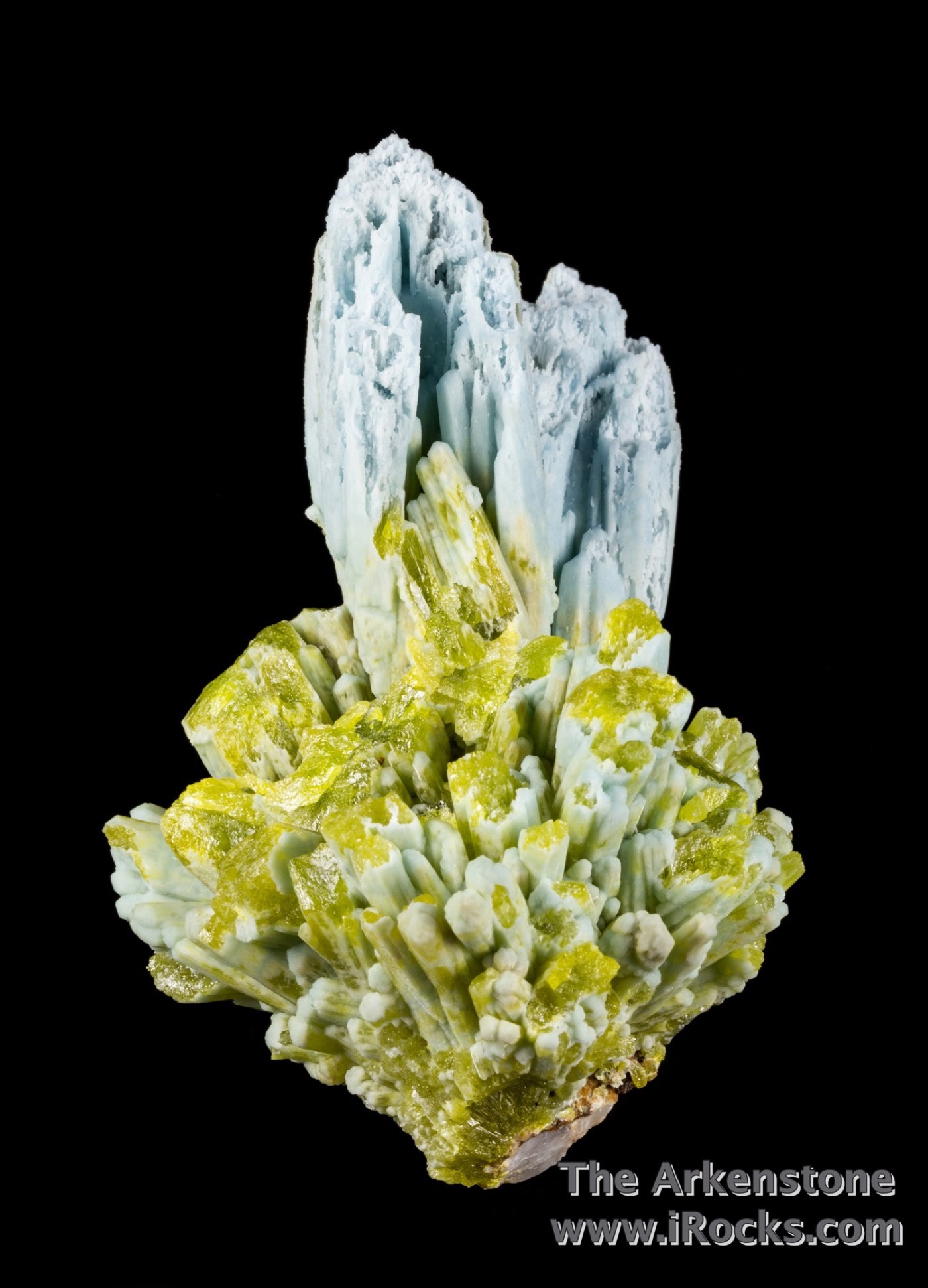 Rising aesthetically pyromorphite cleavage mass replaced crystals 6 cm