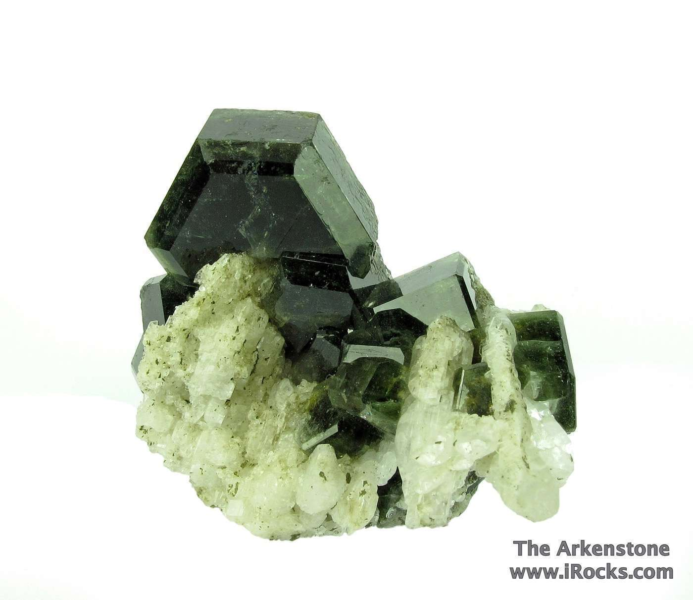 Excellent cluster sharp attractive Fluorapatite crystals nicely placed
