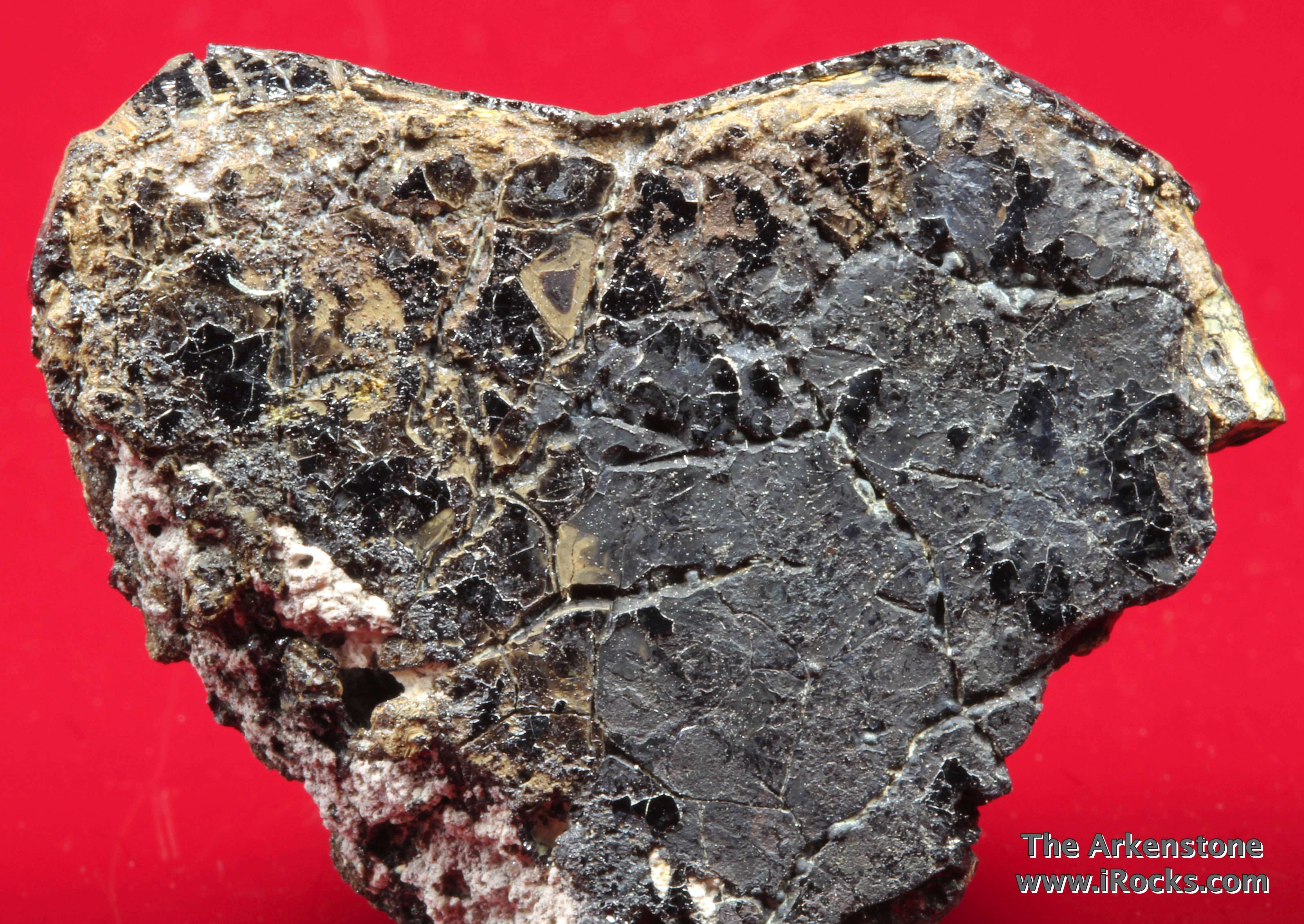 A sparkling specimen type locality recently described 2013 It complex