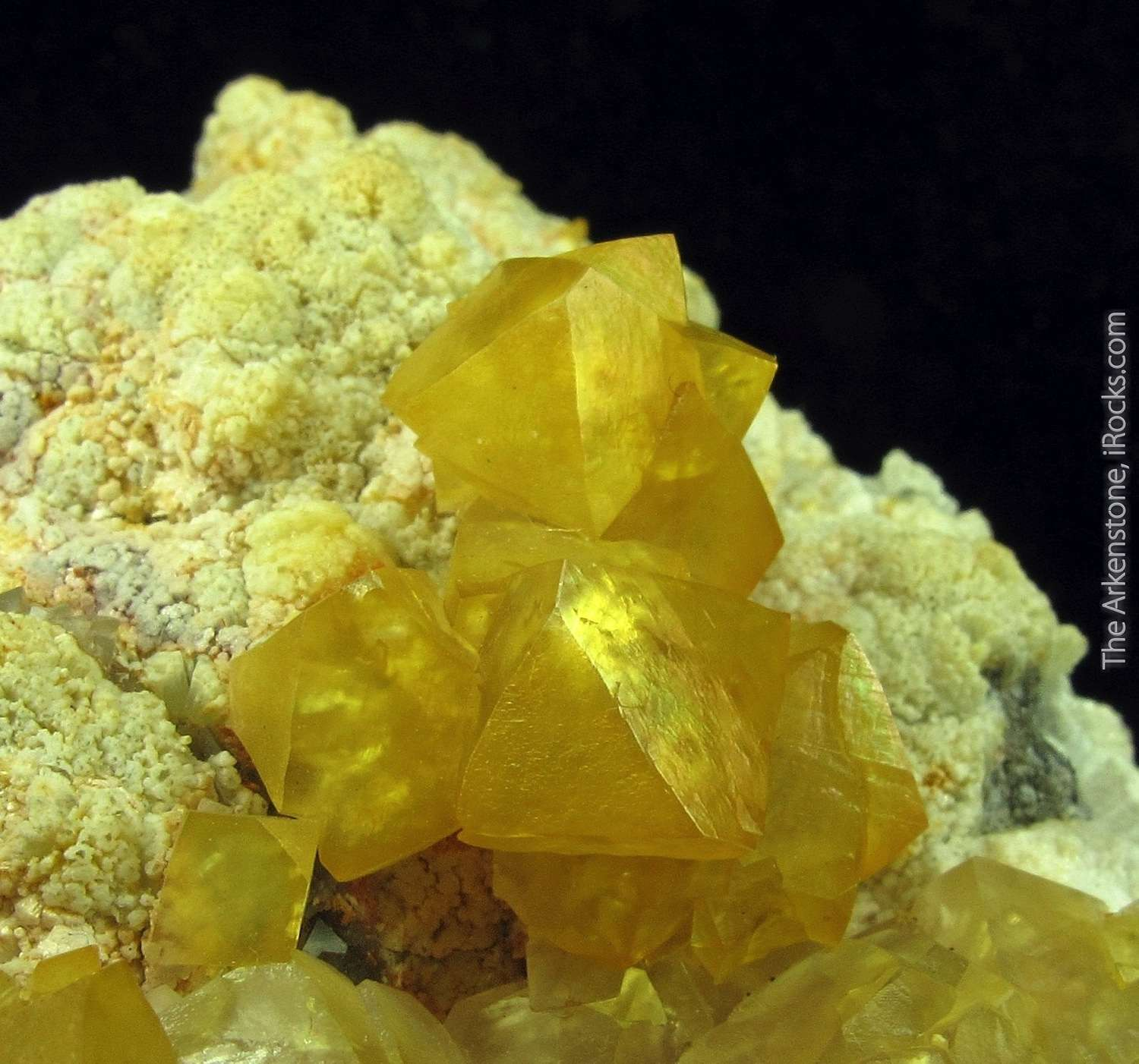 This choice cabinet specimen sharp Cadmian Smithsonite rhombohedral