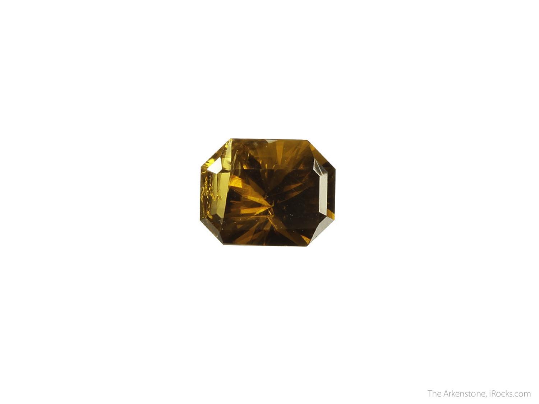4 3 x 3 8 x 2 3 cm Specimen 2 00 carats 8 07 mm x 6 43 mm Gem A