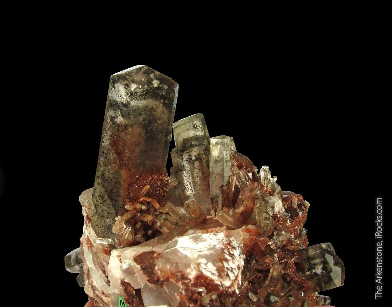 Large cluster formed prismatic crystals sharp mercedes terminations