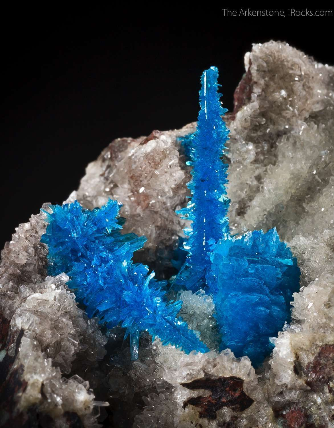 Pentagonite rare dimorph Cavansite This means chemistry actually