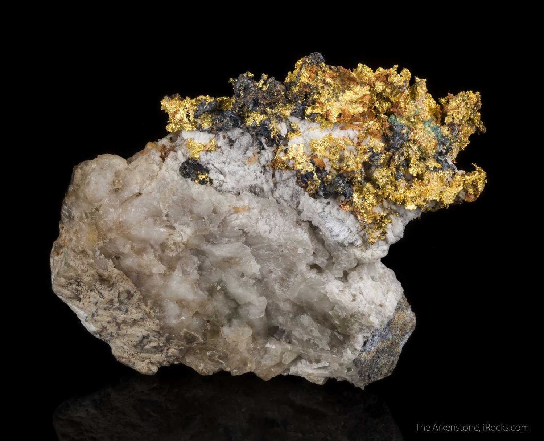 A beautiful large rich aerial arrangement gold historic Italian