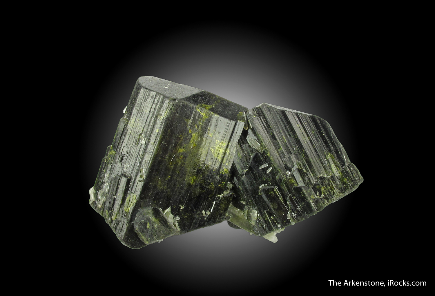 Very attractive pair deep green highly lustrous Epidote crystals