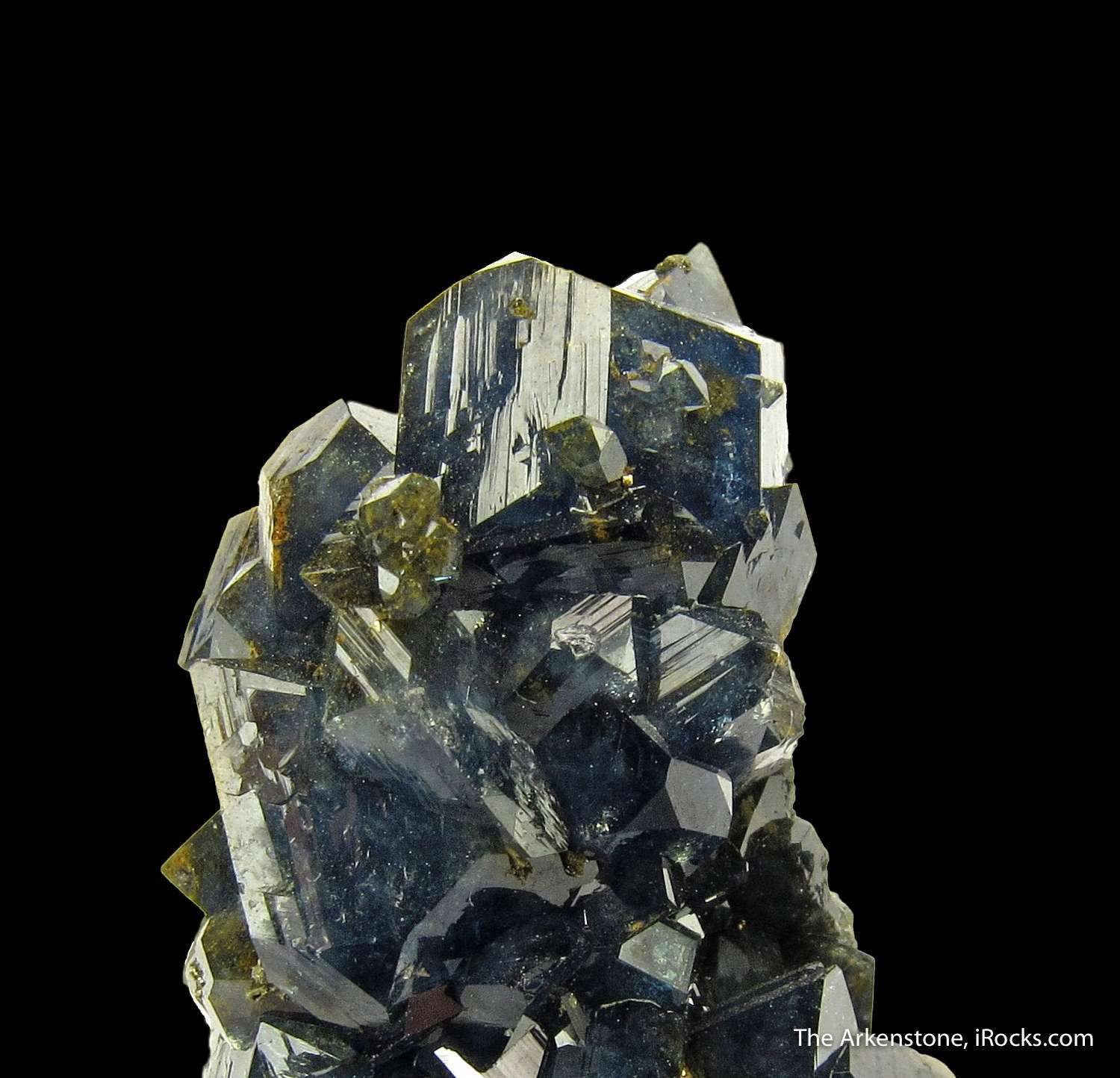 A lustrous 8 mm formed crystal crowns tower crystallized Scorodite
