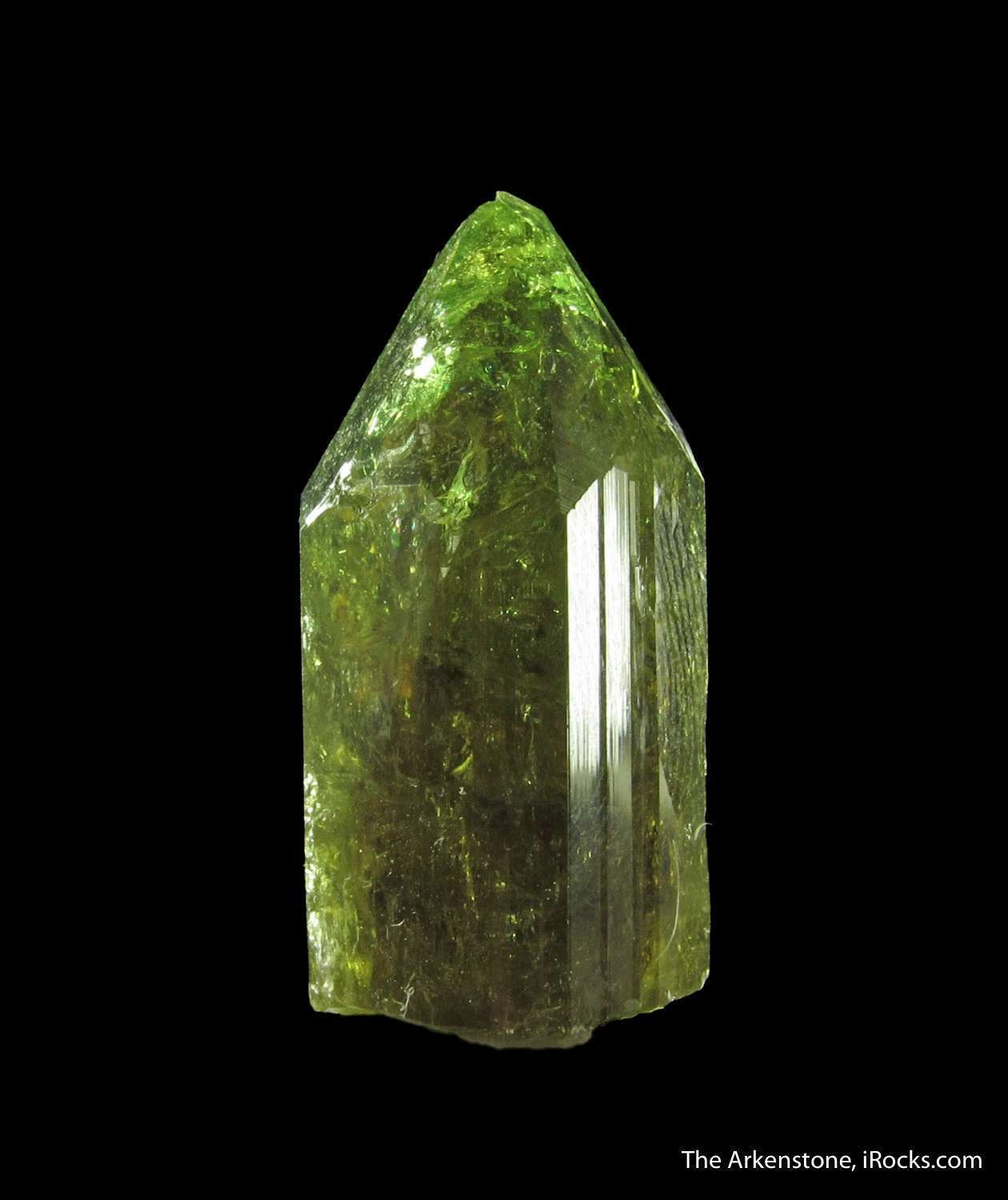 Exemplary luster sharp form good gemminess highlight single crystal