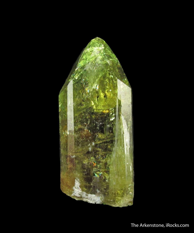 Exemplary luster sharp form good gemminess highlight single crystal