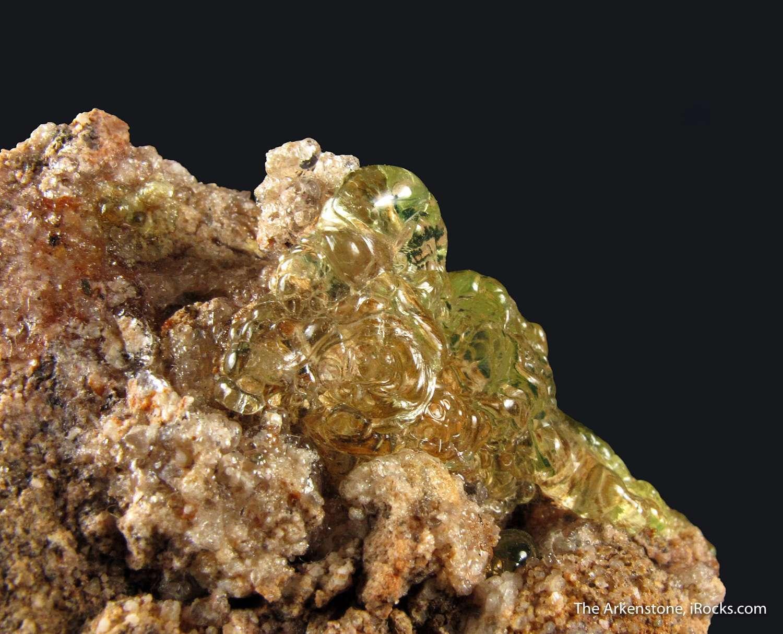 Gemmy field lustrous green botryoidal Hyalite Opal bright fluorescence