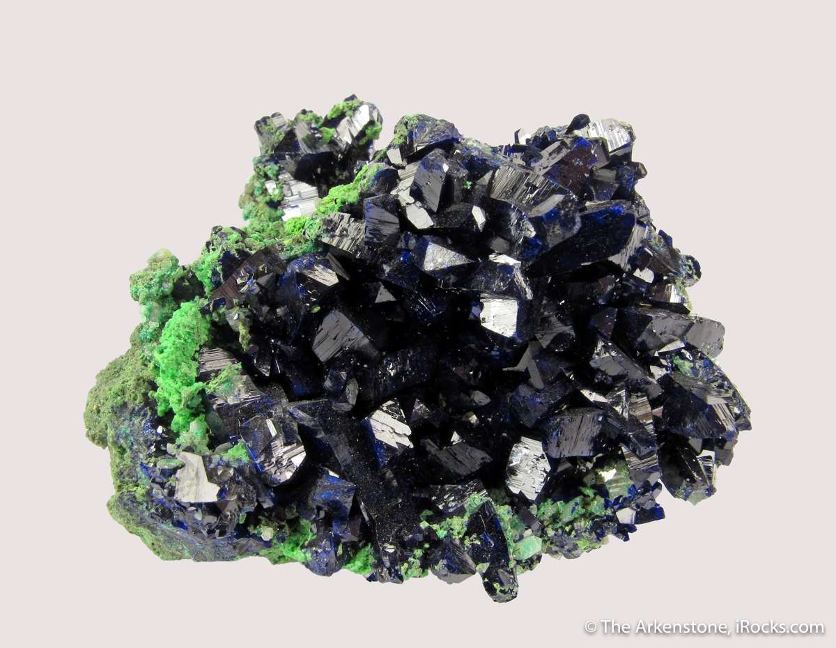 Noteworthy dimensional small cab Azurite crystals perched carpet
