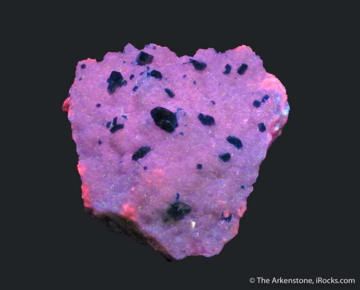 Dioptase Calcite attractive desirable Tsumeb combinations These