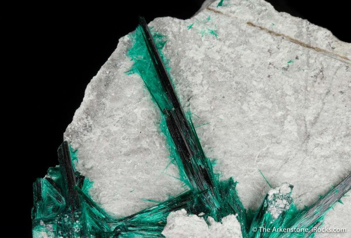 It safely said Milpillas Mine produced best brochantites world seen