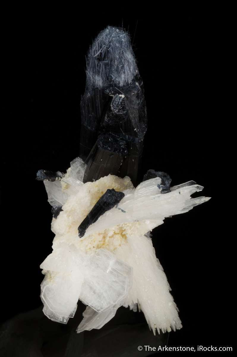 An astonishing unusual pegmatite combination piece bertrandite