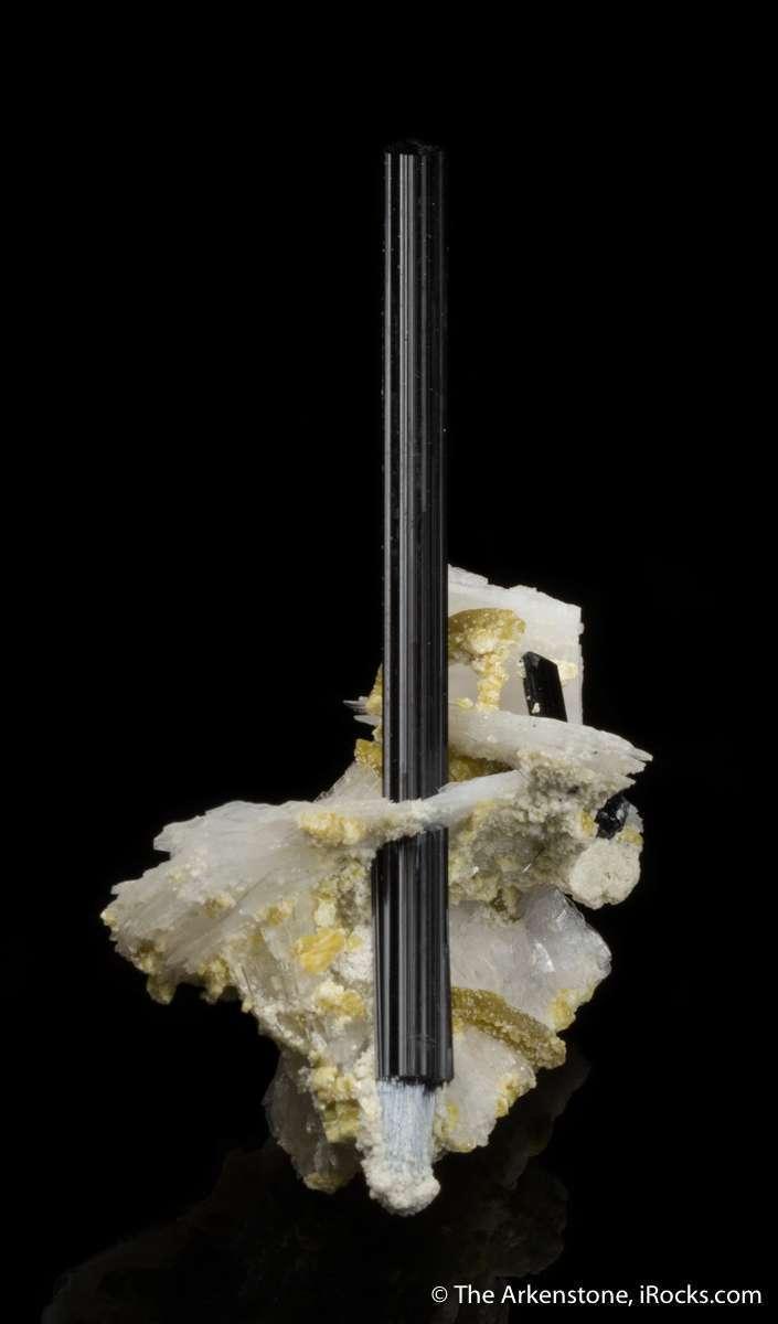 Very bertrandites tourmaline known pocket This elegant specimen shows