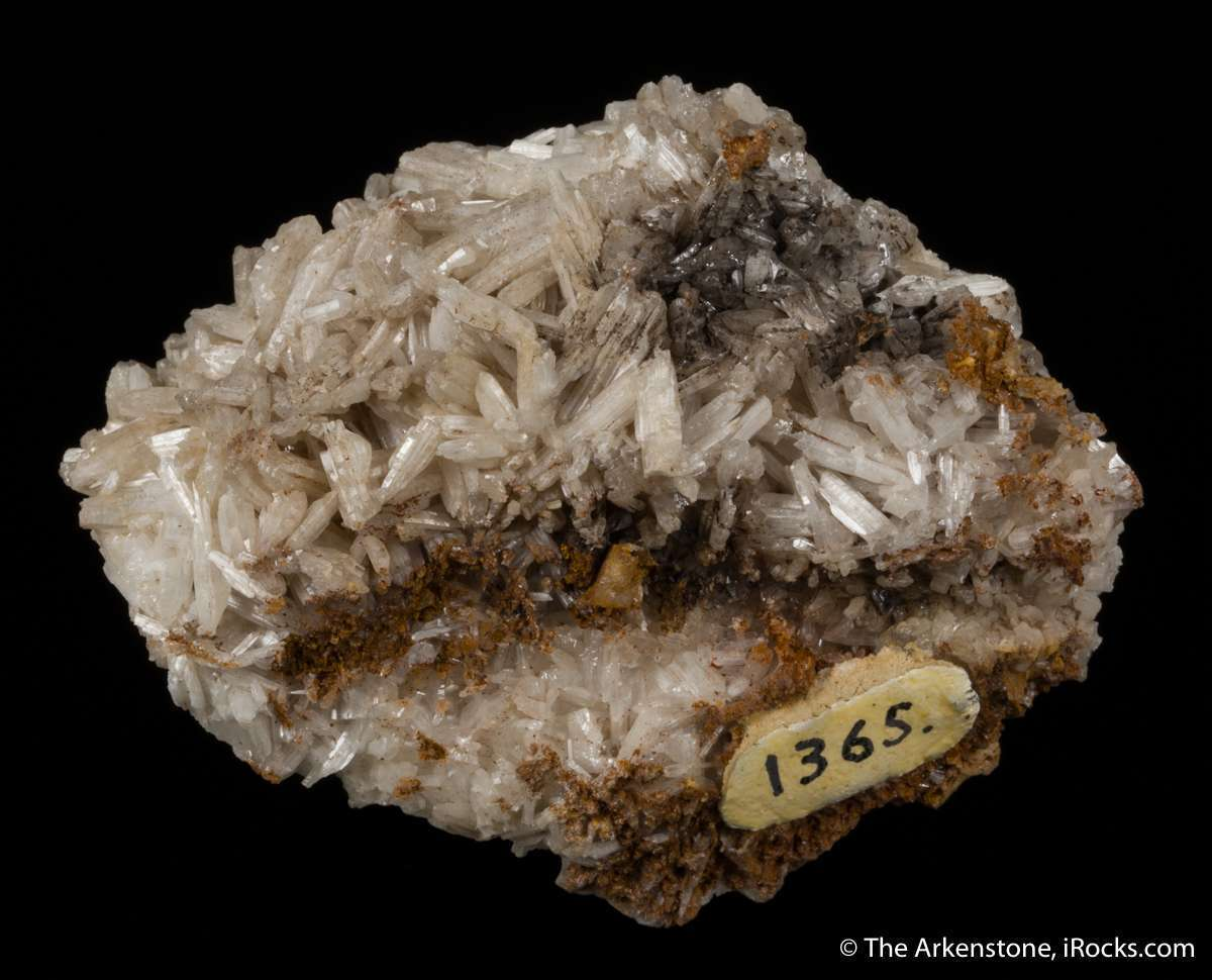 Somewhat resembling Flux cerussite Arizona heavier far solid mass