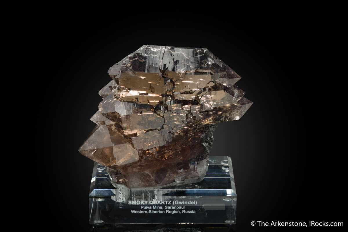 Gwindels twisted quartzes come best high Alpine deposits worldwide The