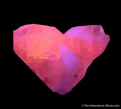 Manganoan Calcite - twinned (fluorescent)
