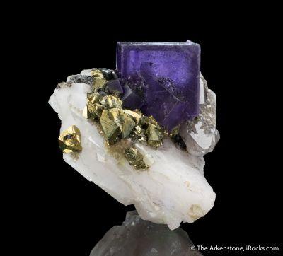 Fluorite and Chalcopyrite on Quartz